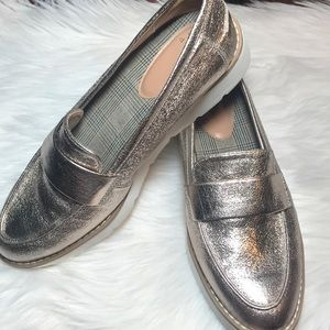 A New Day, gold loafers, NWOT, Size 8.5